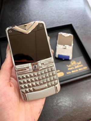Vertu Constellation Quest Silver