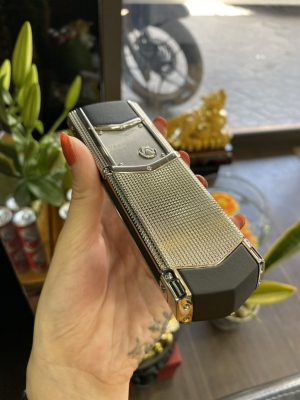 Vertu Signature Clous De Paris Steel Phím Thép
